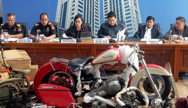 Siapakah SAW yang Pasang Badan Tutupi Pemilik Harley Selundupan di Pesawat Garuda?
