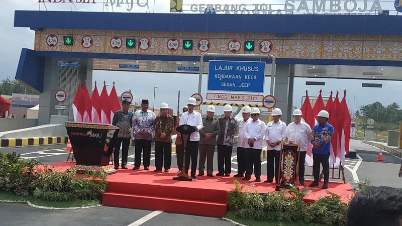 Presiden Resmikan Tol Pertama di Kalimantan, Konektivitas Menuju Ibu Kota Baru Lebih Cepat