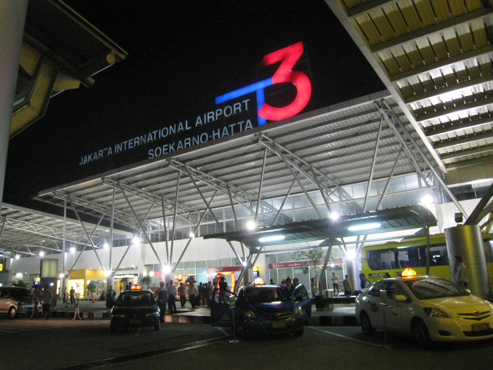 PT Angkasa Pura II Hentikan Sementara Layanan Penerbangan dari Bandara Soekarno-Hatta Jakarta ke China