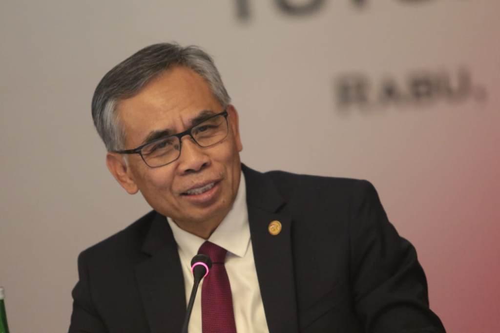 Optimistis IHSG Tembus Level 7.000, Bos OJK Dituding Seperti Pompom Pasar Penggoreng Saham