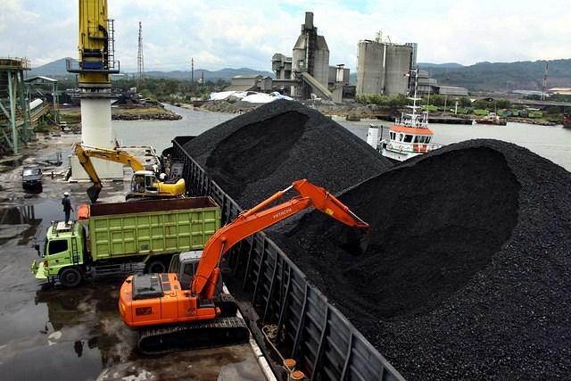 Waow, PTBA Gandeng PT KAI Dongkrak Kapasitas Angkutan Batu Bara