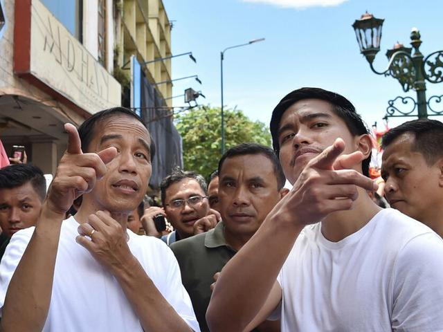 Kuasai Persis Solo, Jokowi Minta Kaesang Lanjut...