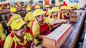 Produsen Rokok Sampoerna (HMSP) Lakukan Sewa Aset dan Pengalihan Bisnis Ratusan Miliar