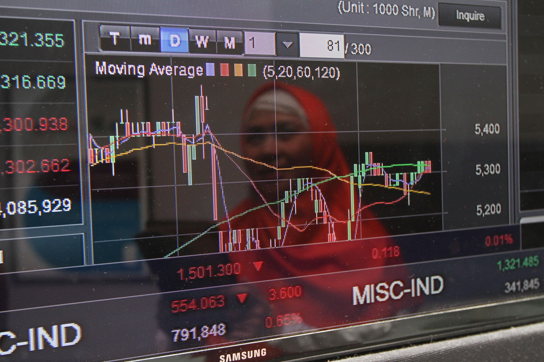 Asing Catat Net Buy Rp52 Miliar, IHSG Ditutup Melemah 1,8 Persen ke Level 5.834