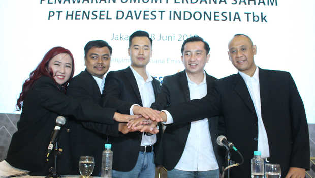 HDIT Suspensi Dibuka, Saham Hensel Davest Indonesia (HDIT) Terjun Hingga ARB