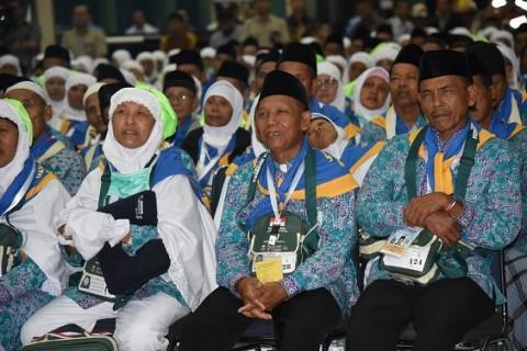 Arab Saudi Izinkan Ibadah Umrah, Untuk Indonesia Syaratnya Masih Berat