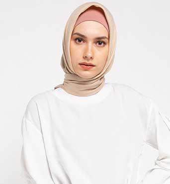 Simak Pilihan Pakaian  untuk Rayakan Iduladha di  Rumah